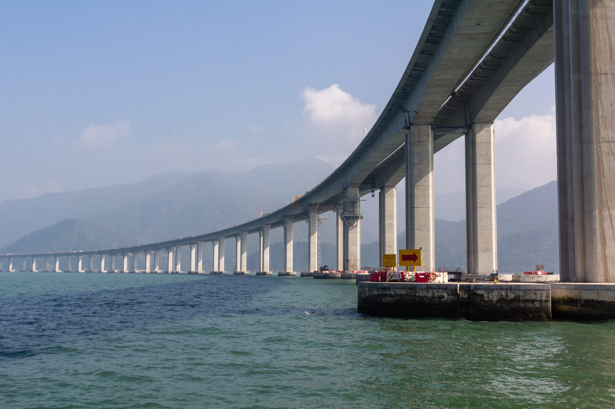 Engineering Marvel: Giant SeaBridge in China