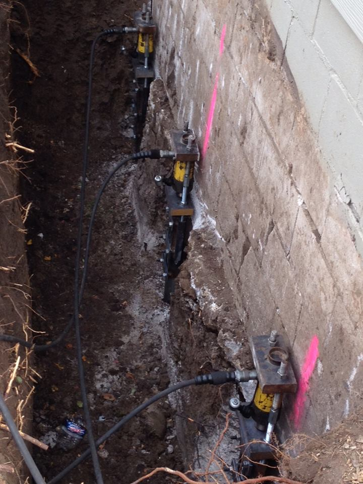 Exposed foundation and ECP Steel push piers